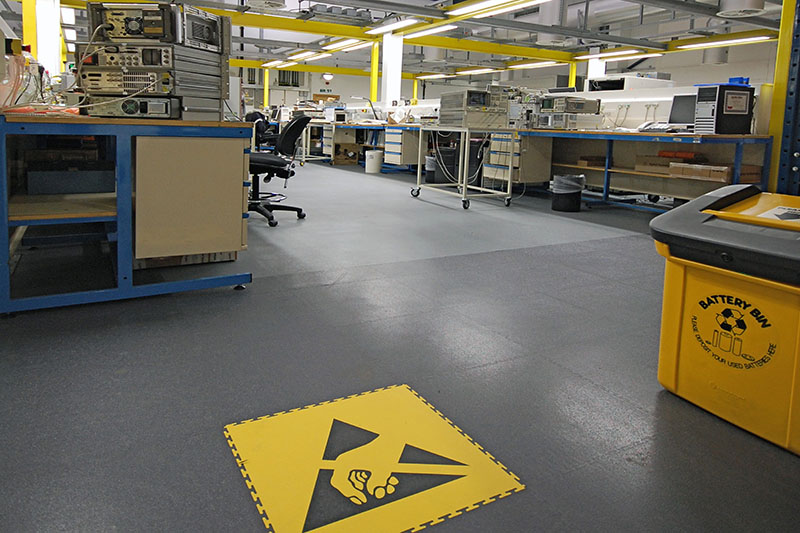 Interlocking ESD Floor Tiles 8